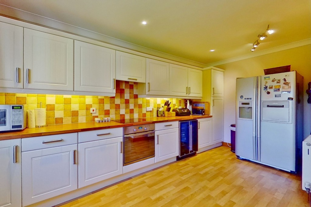 4 bed detached house for sale in Lookers Barn, Oasthouse Field, Ivychurch 4
