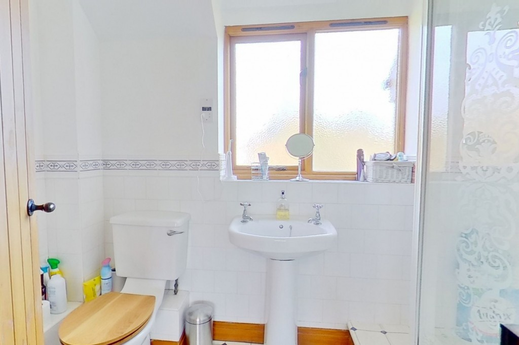 4 bed detached house for sale in Lookers Barn, Oasthouse Field, Ivychurch 15