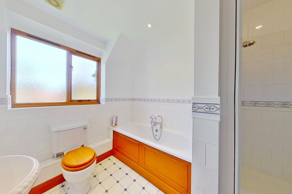 4 bed detached house for sale in Lookers Barn, Oasthouse Field, Ivychurch 16