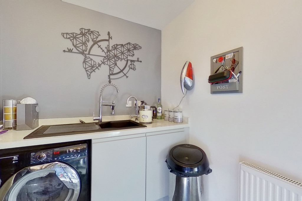 4 bed detached house for sale in Downsberry Road, Bridgefield, Ashford 10