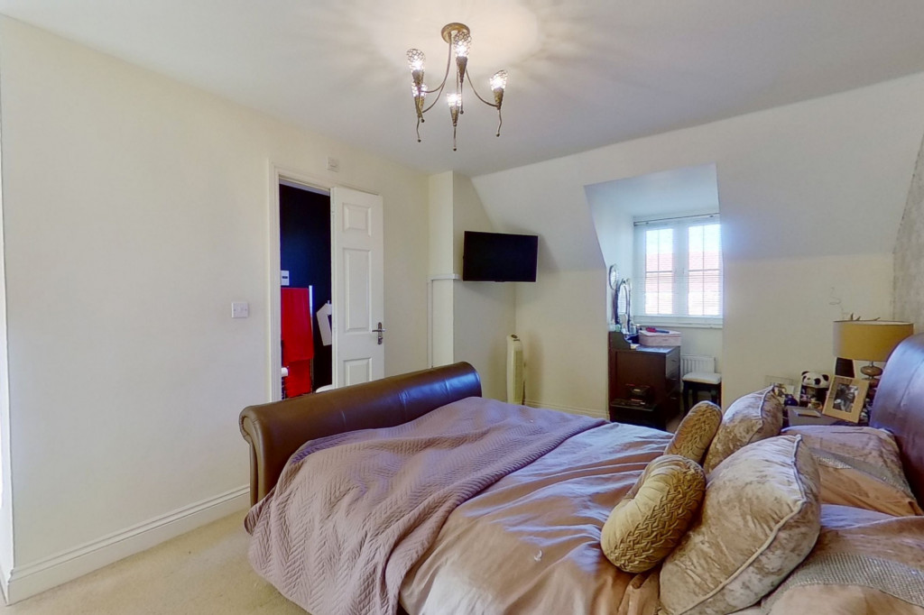 4 bed detached house for sale in Downsberry Road, Bridgefield, Ashford 13