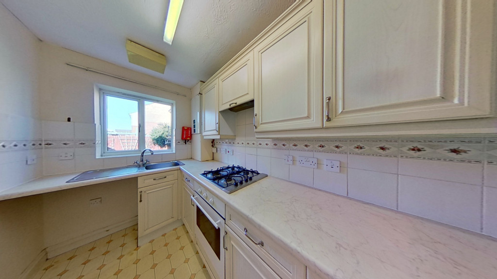 2 bed semi-detached house for sale in Manor House Drive, Ashford  - Property Image 5