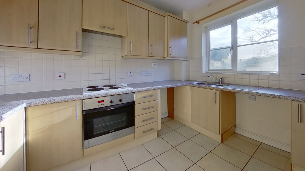 3 bed detached house for sale in Lodge Wood Drive, Orchard Heights, Ashford  - Property Image 6