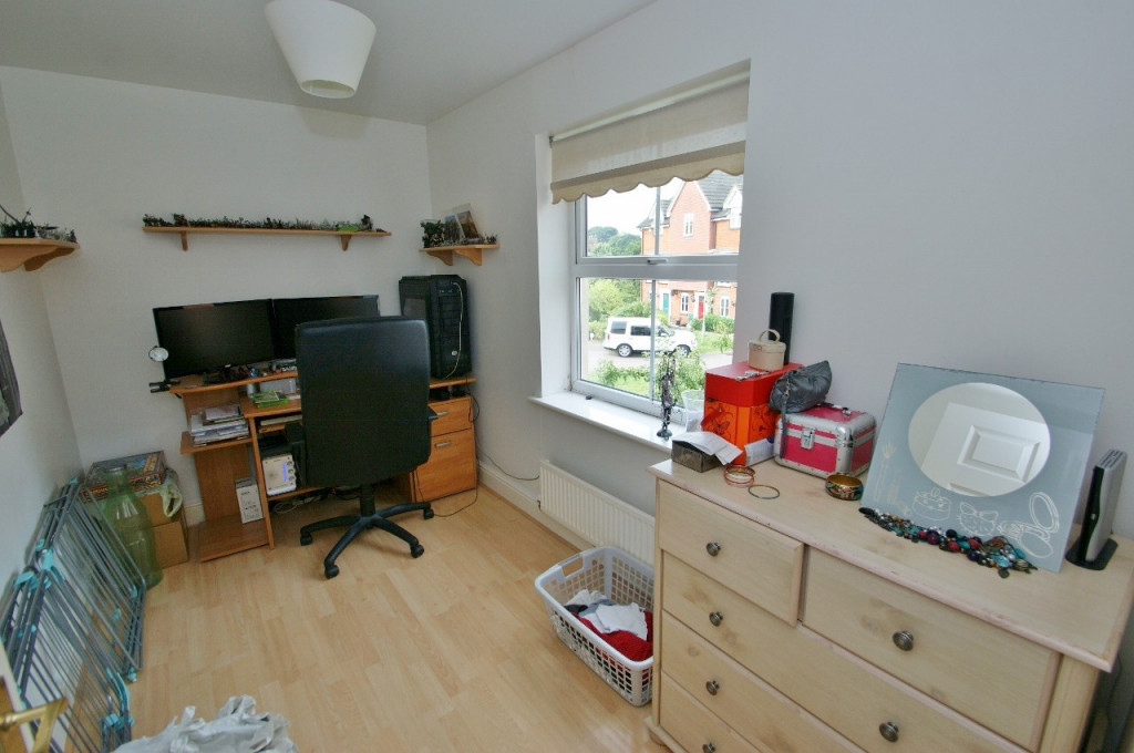 2 bed apartment to rent in Angus Drive, Kennington, Ashford  - Property Image 5