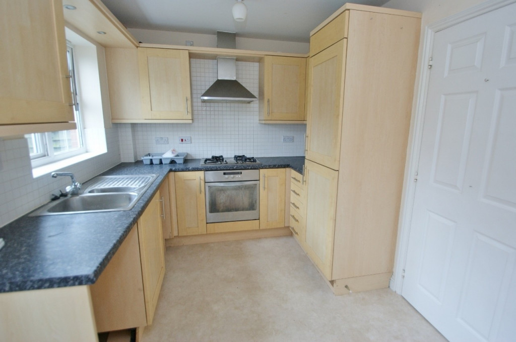 2 bed terraced house for sale in Bryony Drive, Ashford 8