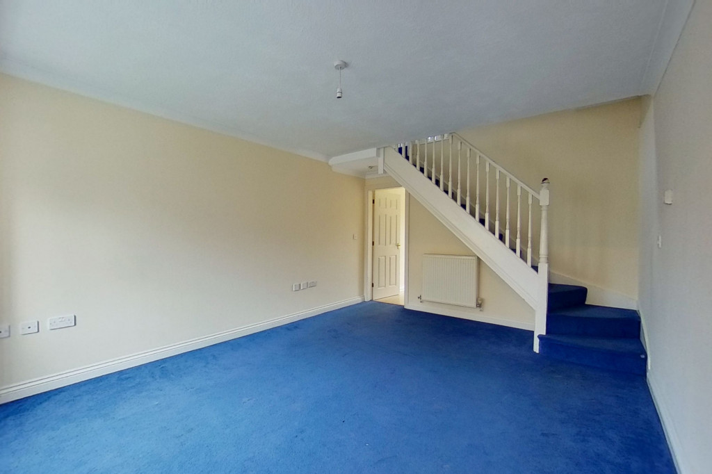 2 bed end of terrace house for sale in Manor House Drive, Kingsnorth, Ashford  - Property Image 3