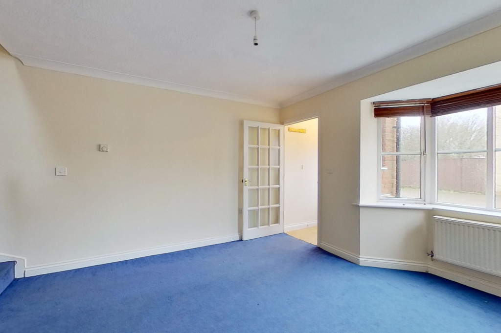 2 bed end of terrace house for sale in Manor House Drive, Kingsnorth, Ashford  - Property Image 4