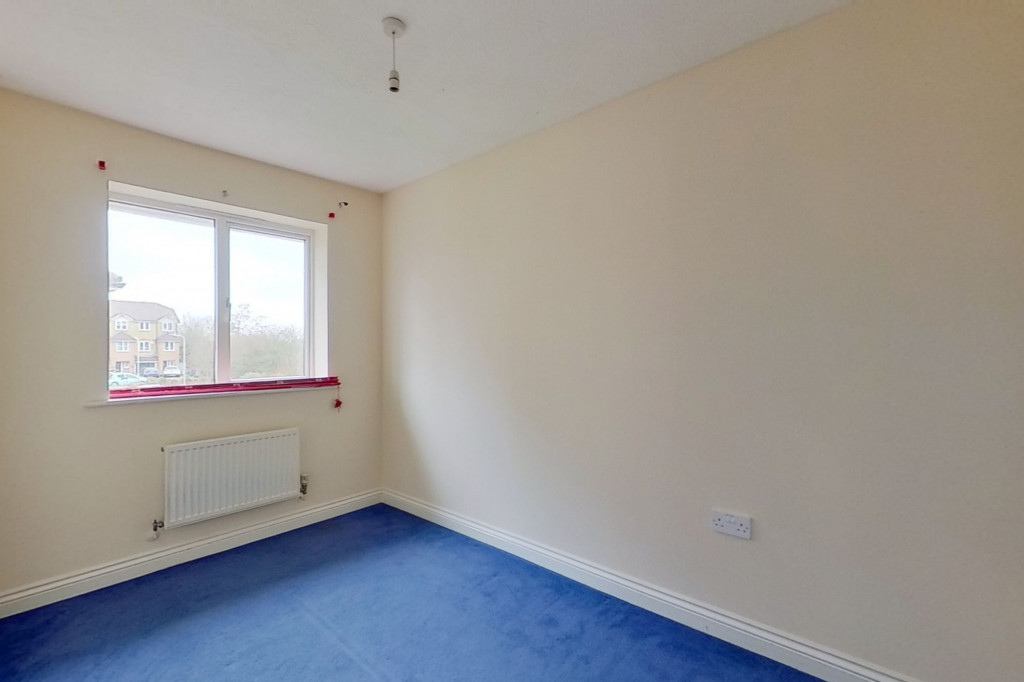 2 bed end of terrace house for sale in Manor House Drive, Kingsnorth, Ashford 7