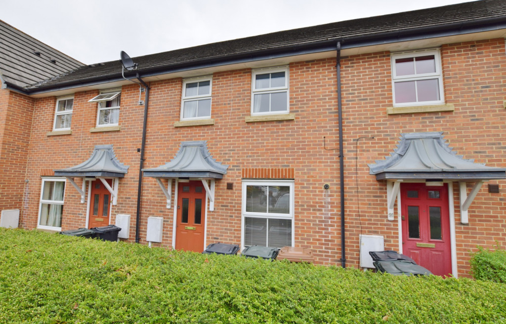 2 bed terraced house for sale in Wood Lane, Kingsnorth, Ashford 1