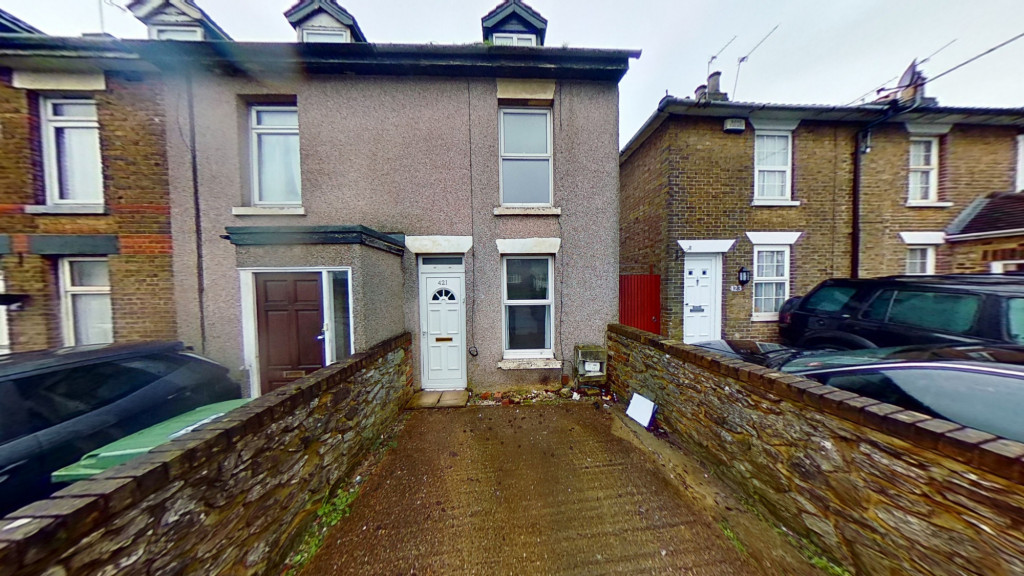 2 bed terraced house for sale in Tonbridge Road, Maidstone  - Property Image 1