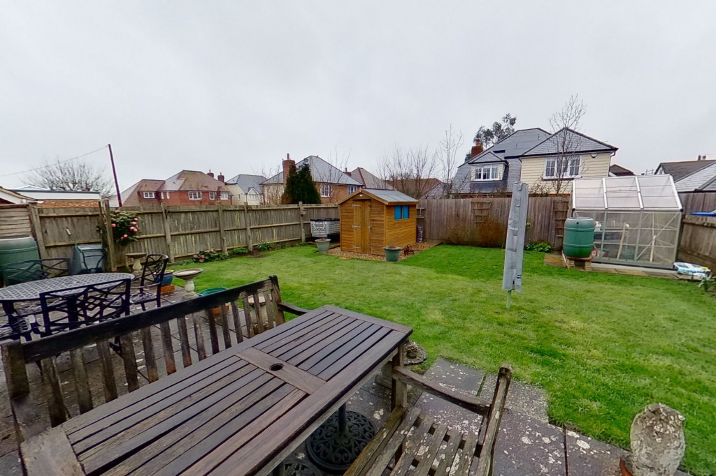 2 bed bungalow for sale in Barrow Hill Rise, Sellindge 0