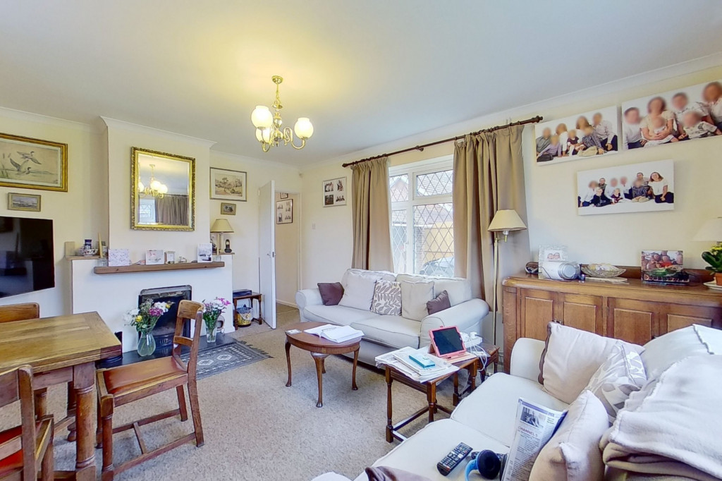 2 bed bungalow for sale in Barrow Hill Rise, Sellindge  - Property Image 5