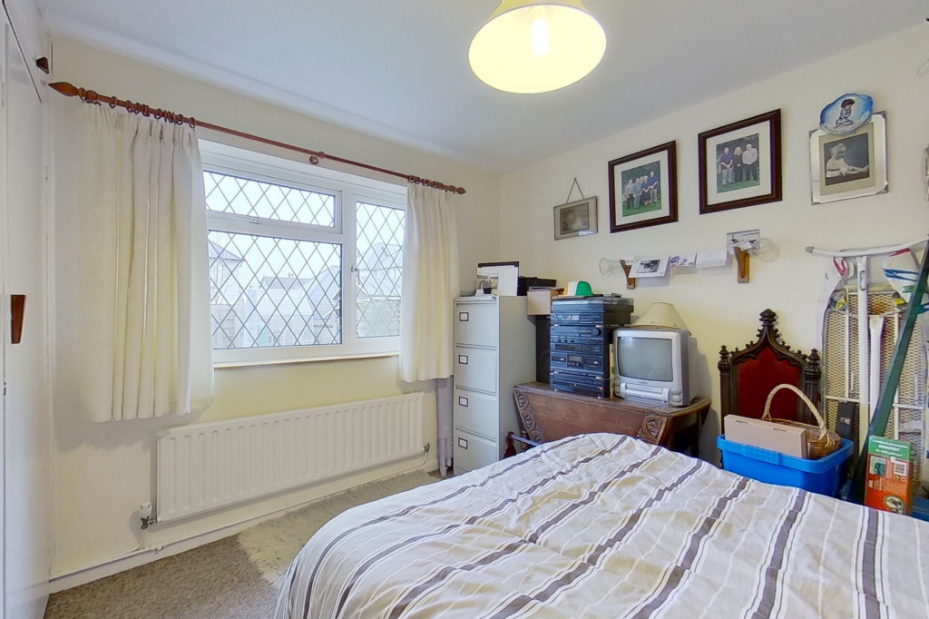 2 bed bungalow for sale in Barrow Hill Rise, Sellindge  - Property Image 8