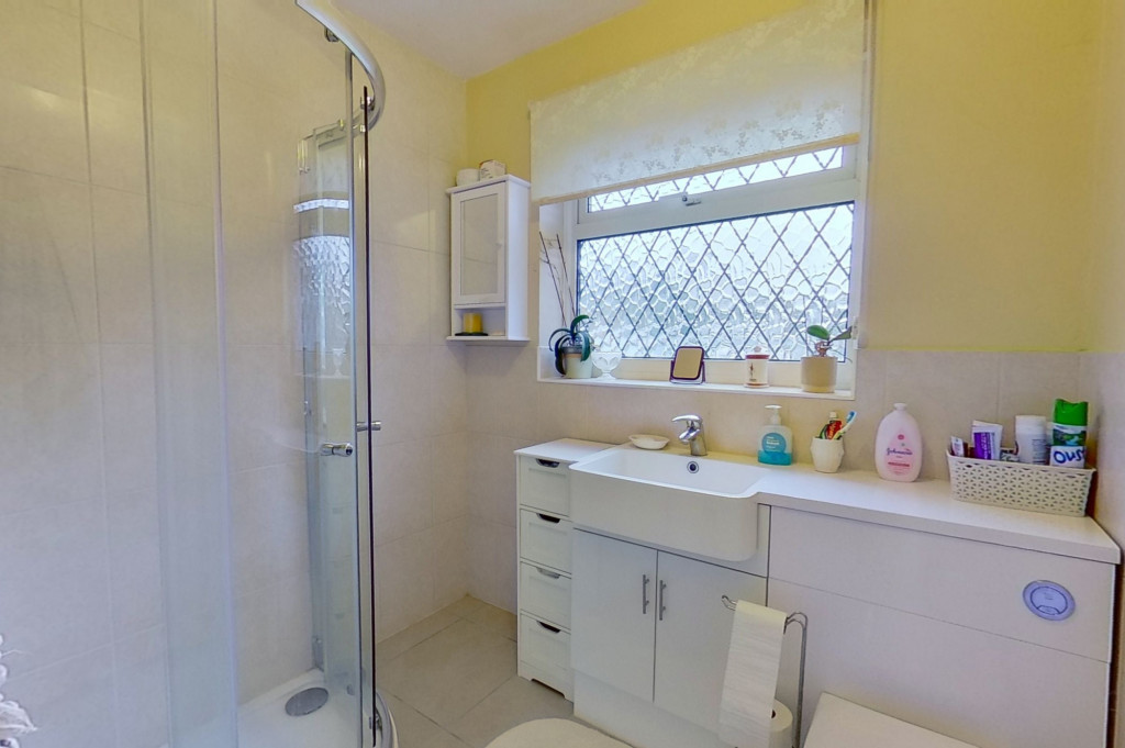2 bed bungalow for sale in Barrow Hill Rise, Sellindge  - Property Image 9