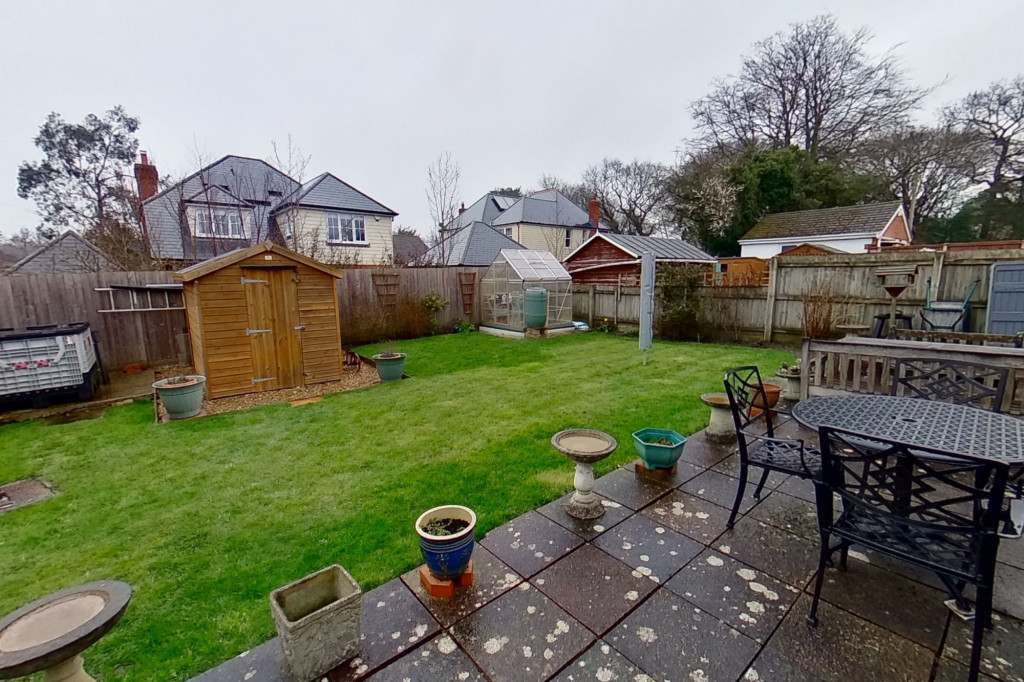 2 bed bungalow for sale in Barrow Hill Rise, Sellindge 9