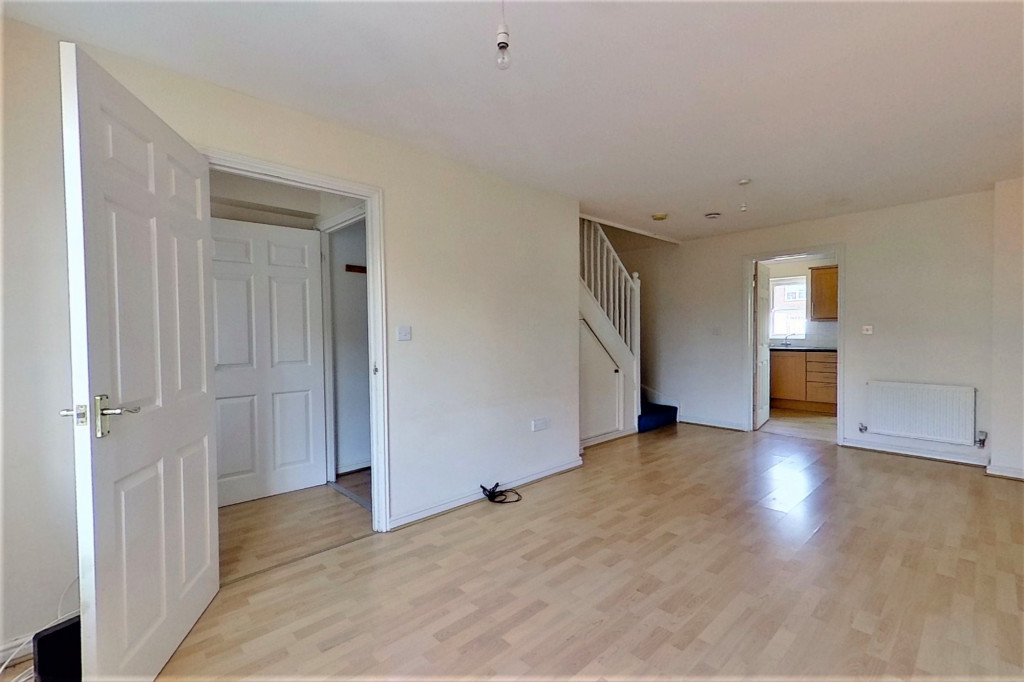 2 bed terraced house for sale in Chaffinch Drive, Ashford 2