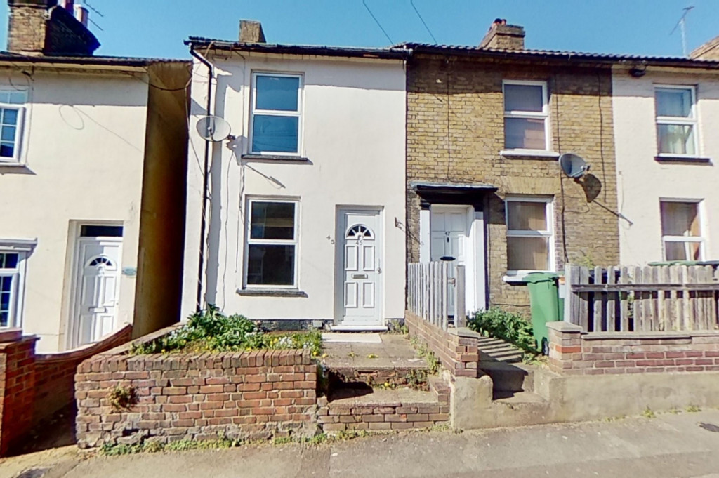 2 bed terraced house for sale in Perryfield Street, Maidstone  - Property Image 1