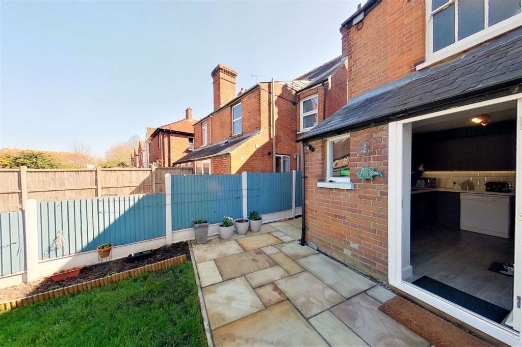 2 bed semi-detached house for sale in Albert Road, Canterbury  - Property Image 15