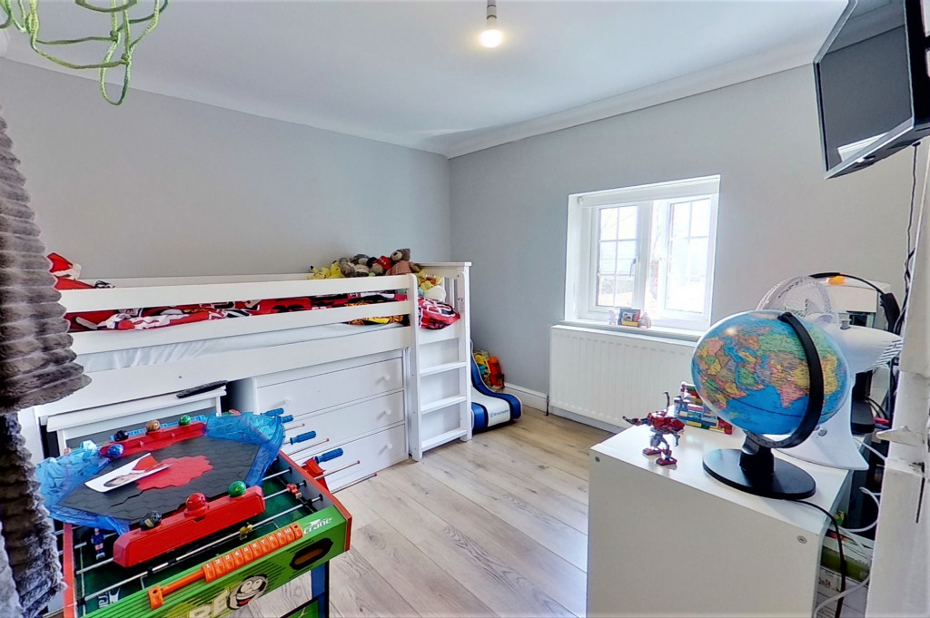 2 bed semi-detached house for sale in Kingsnorth Road, Kingsnorth, Ashford  - Property Image 11