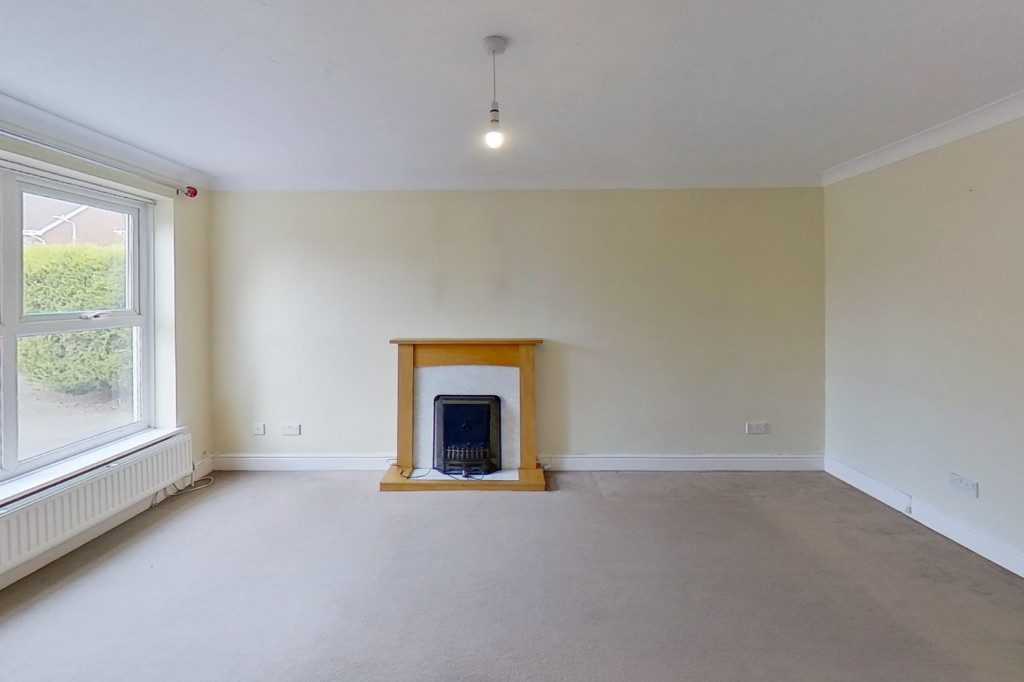 3 bed detached house for sale in Hawthorn Road, Kingsnorth, Ashford 1
