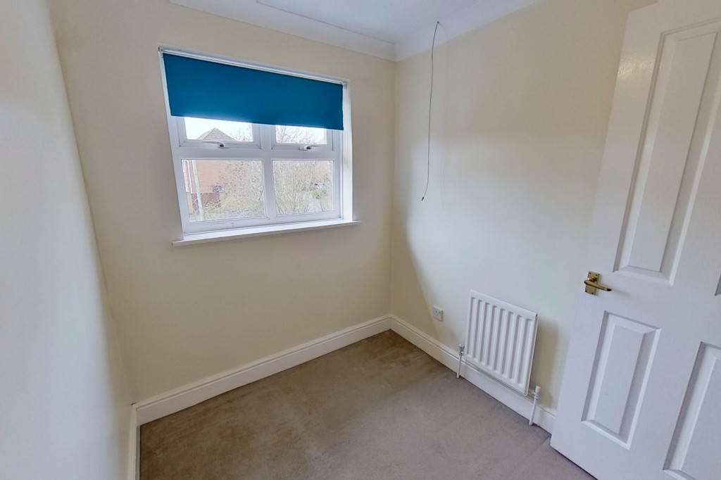 3 bed detached house for sale in Hawthorn Road, Kingsnorth, Ashford 8