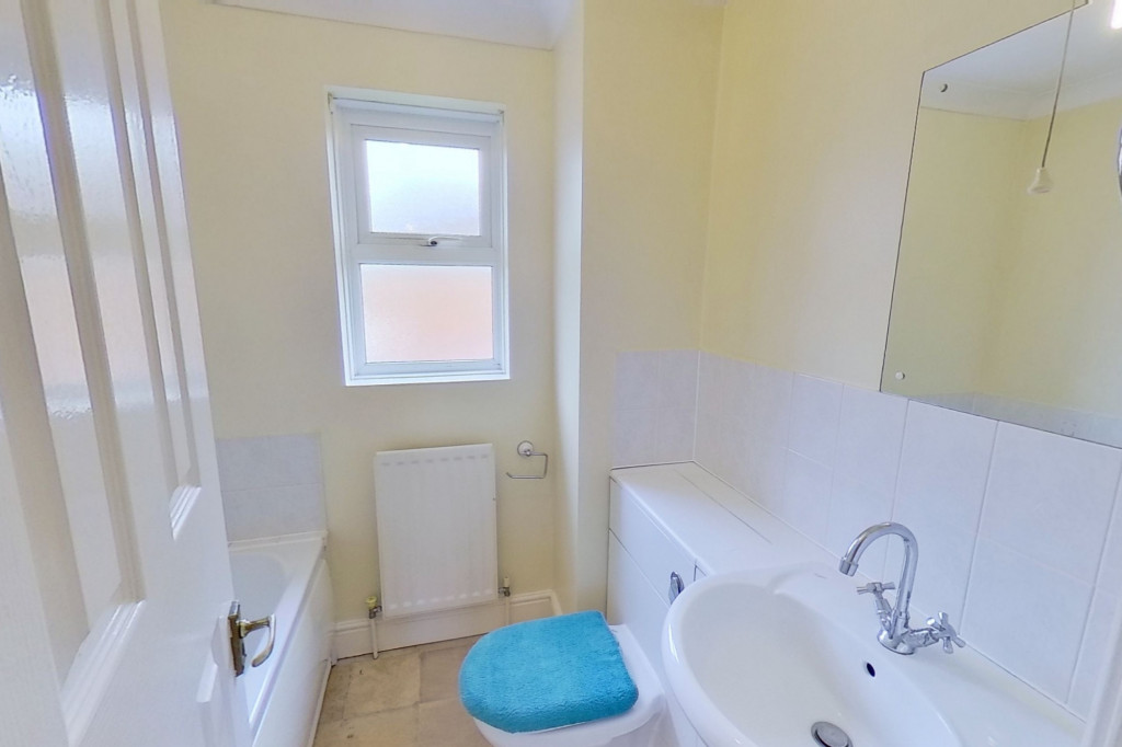 3 bed detached house for sale in Hawthorn Road, Kingsnorth, Ashford 9