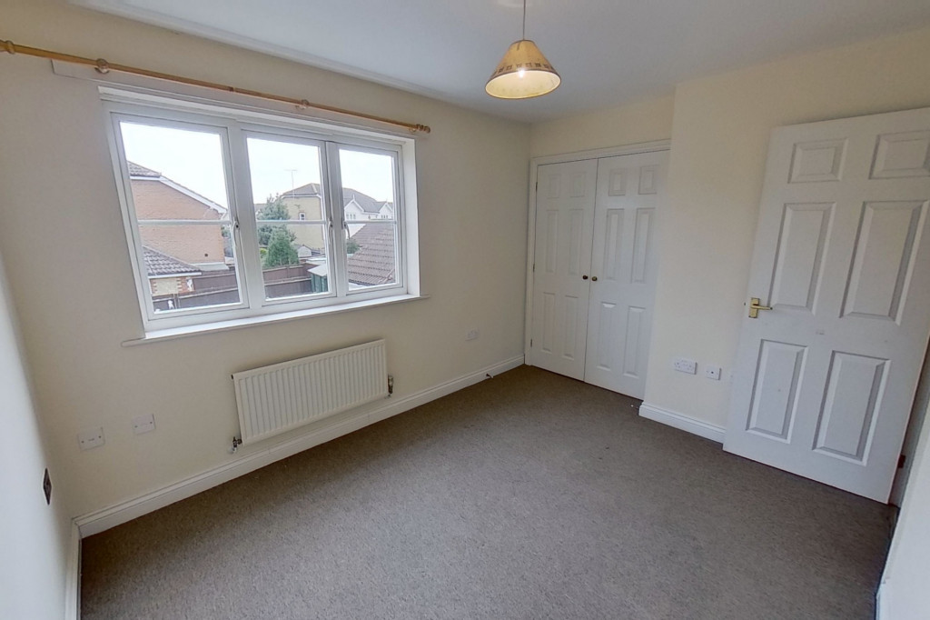 3 bed semi-detached house for sale in Manor House Drive, Kingsnorth, Ashford  - Property Image 7