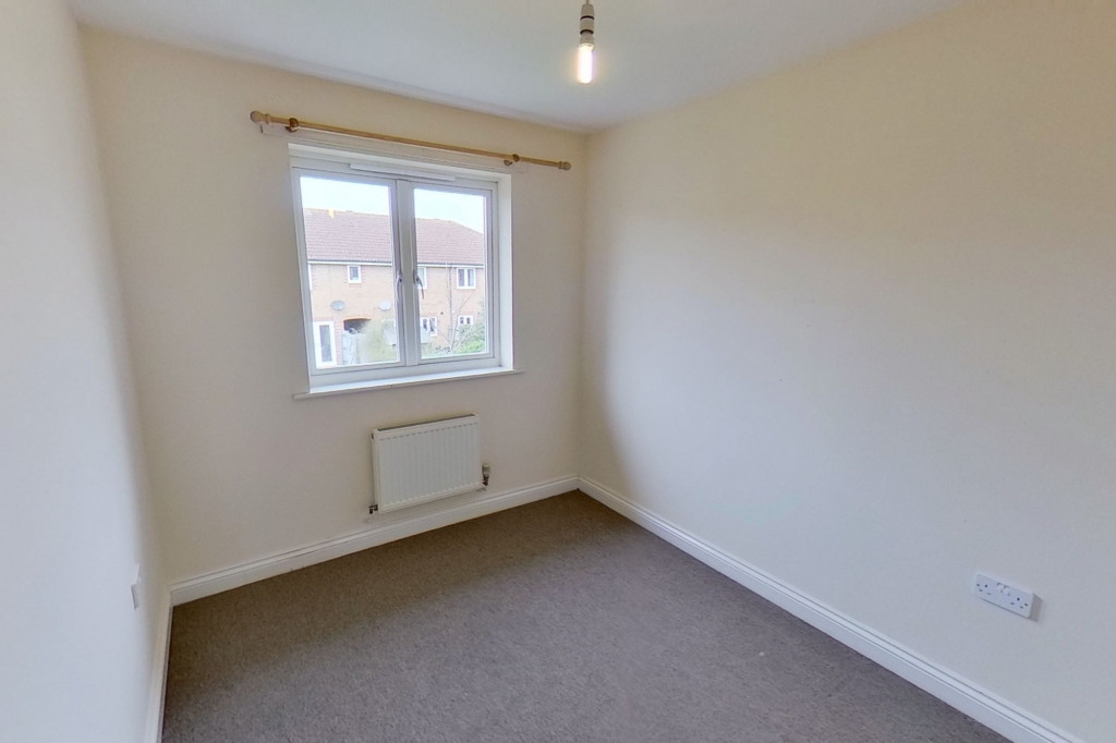 3 bed semi-detached house for sale in Manor House Drive, Kingsnorth, Ashford  - Property Image 8