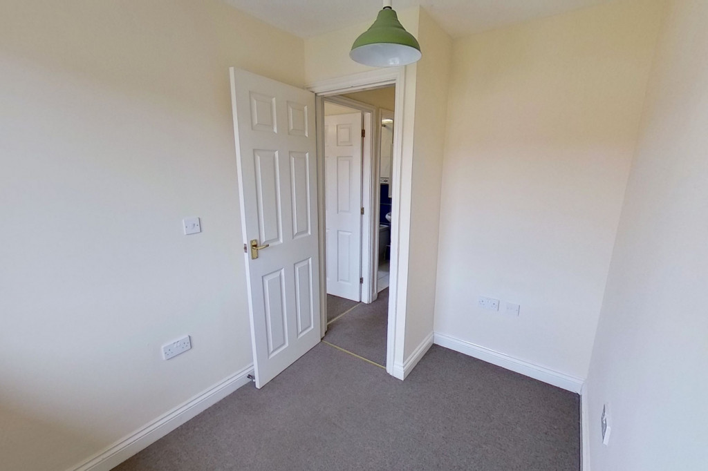 3 bed semi-detached house for sale in Manor House Drive, Kingsnorth, Ashford  - Property Image 9