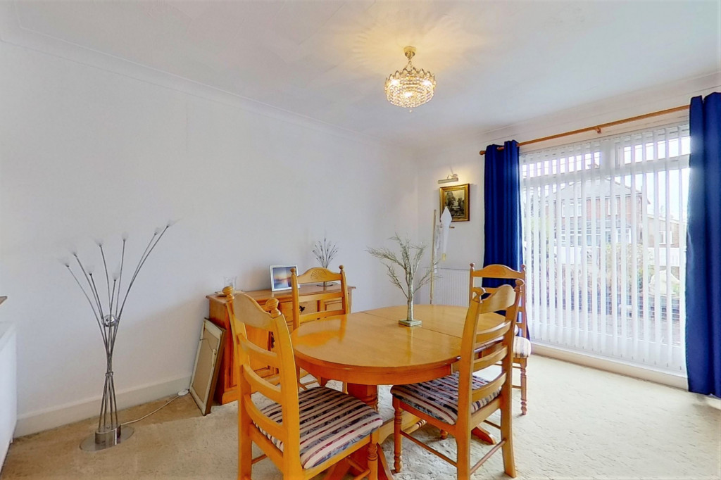 3 bed bungalow for sale in Montrose, Spitalfield Lane, New Romney  - Property Image 7