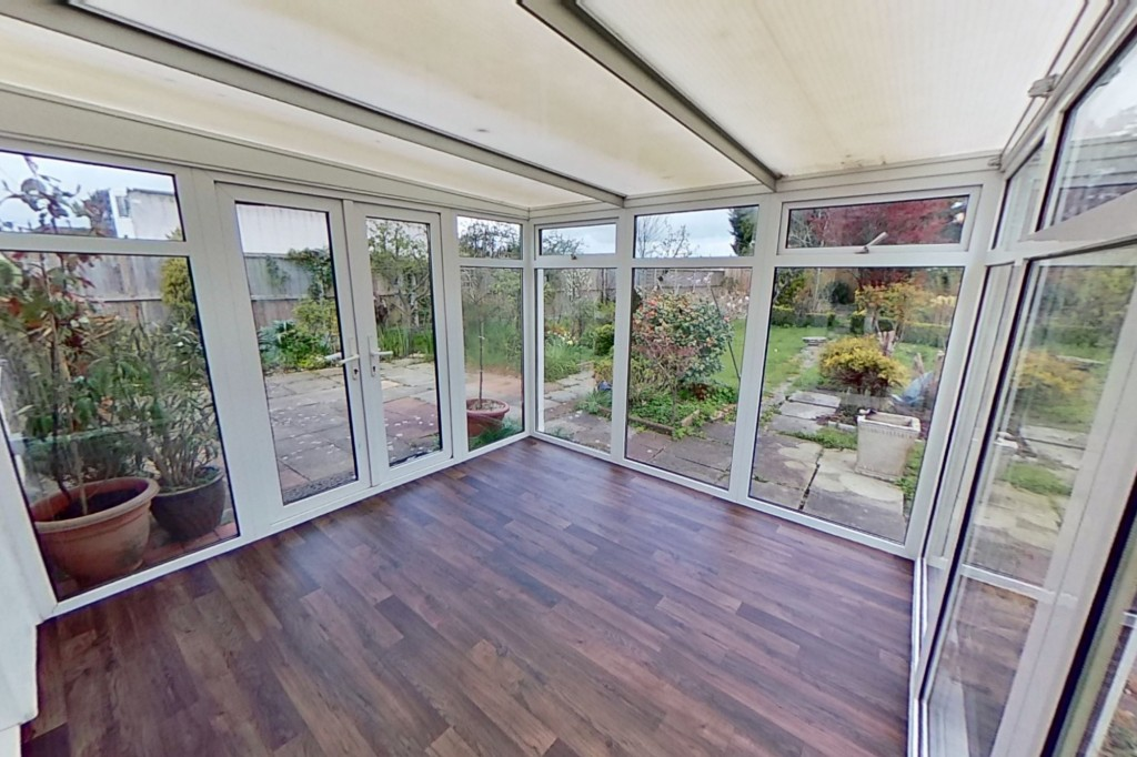 3 bed bungalow to rent in Remus, London Road, Dunkirk, Faversham 3