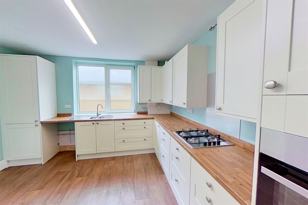 3 bed bungalow to rent in Remus, London Road, Dunkirk, Faversham 5