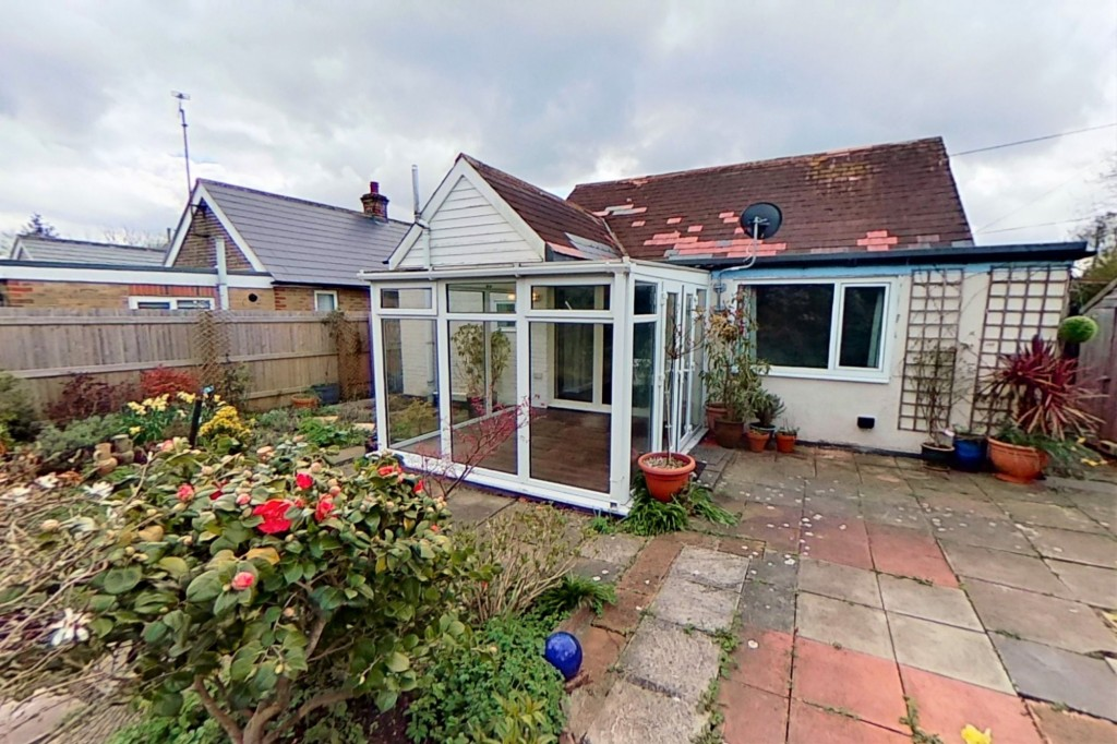 3 bed bungalow to rent in Remus, London Road, Dunkirk, Faversham 10