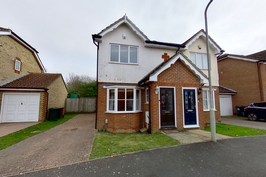 2 bed terraced house for sale in Manor House Drive, Kingsnorth, Ashford - Property Image 1
