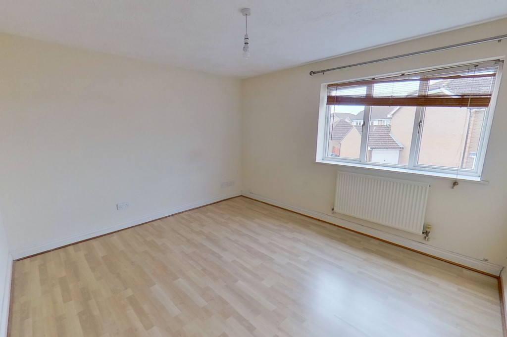 2 bed terraced house for sale in Manor House Drive, Kingsnorth, Ashford  - Property Image 5