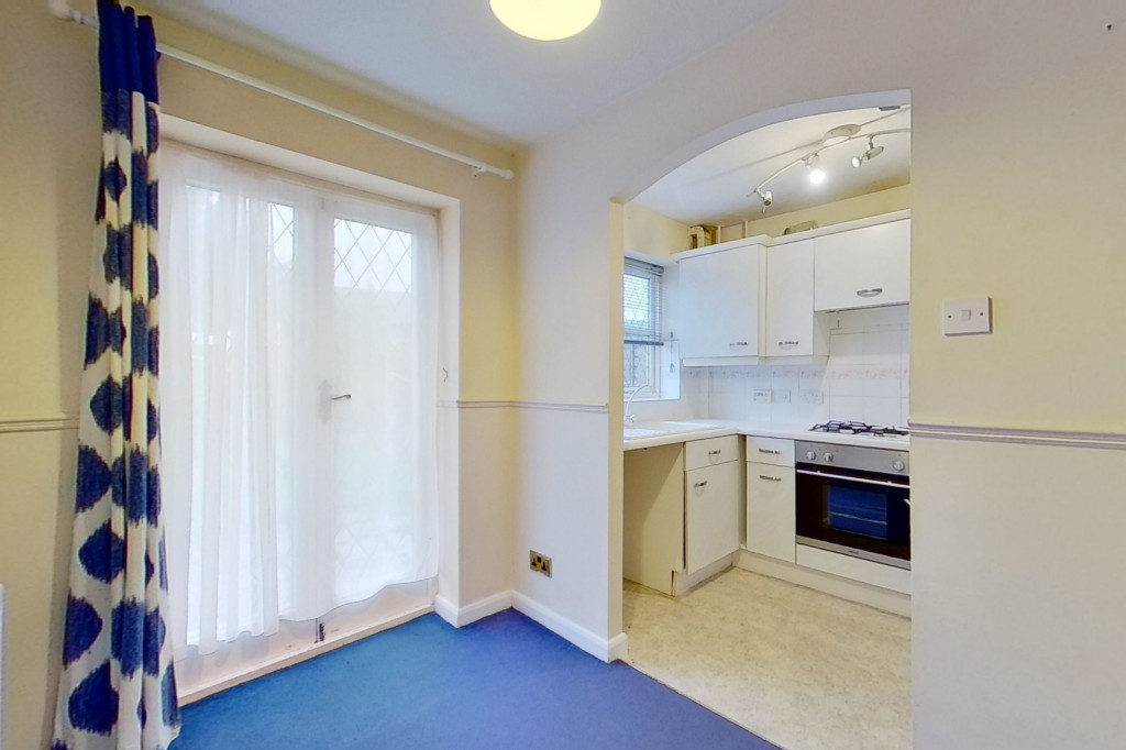2 bed end of terrace house for sale in New Rectory Lane, Kingsnorth, Ashford  - Property Image 4