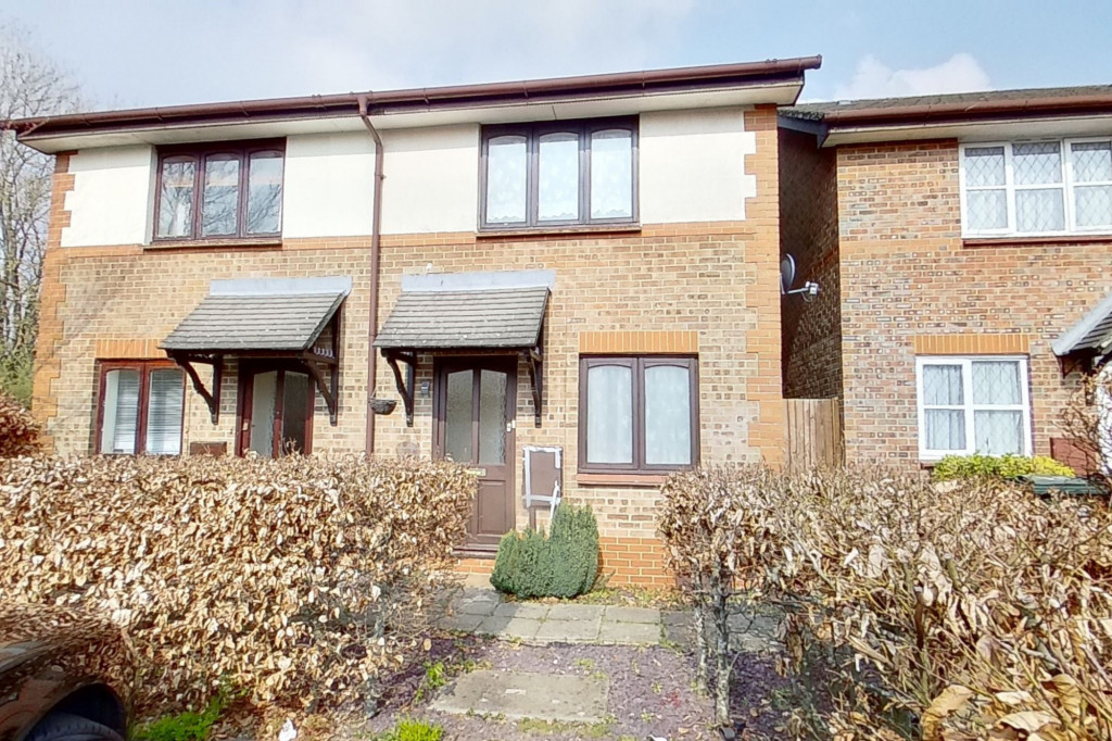 2 bed semi-detached house for sale in New Rectory Lane, Kingsnorth, Ashford  - Property Image 1