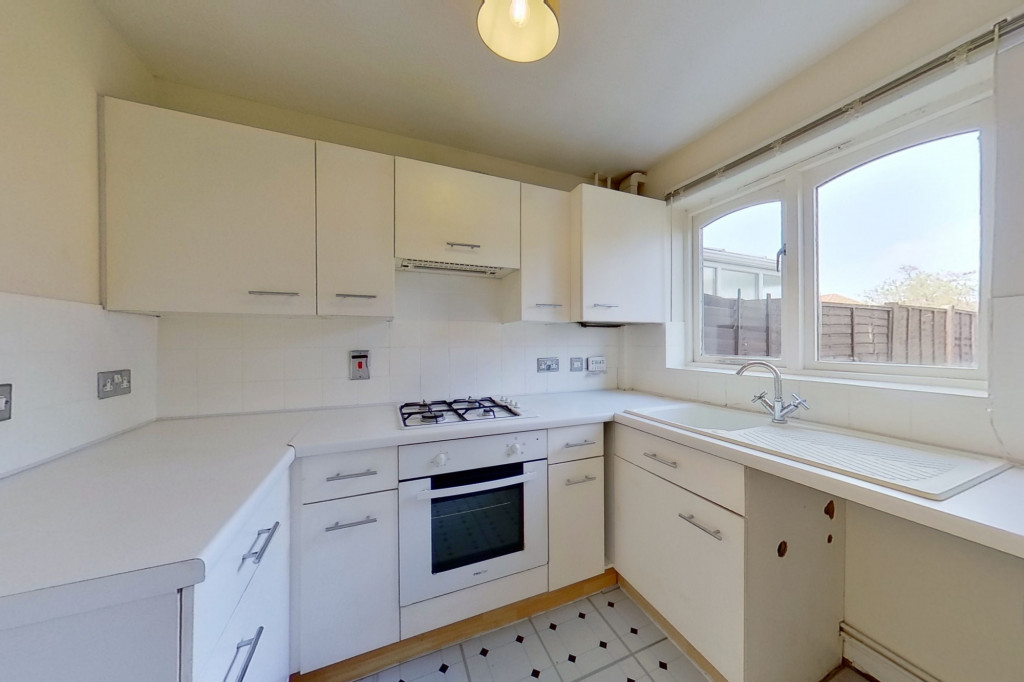 2 bed semi-detached house for sale in New Rectory Lane, Kingsnorth, Ashford  - Property Image 4