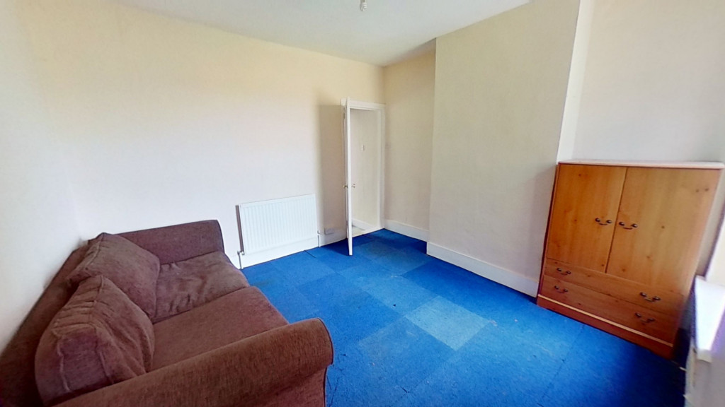 2 bed terraced house for sale in Queens Road, Maidstone  - Property Image 7
