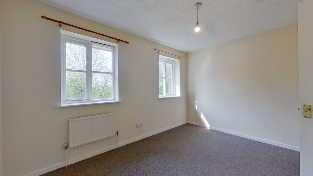 2 bed end of terrace house for sale in Park Wood Close, Park Farm, Ashford 6