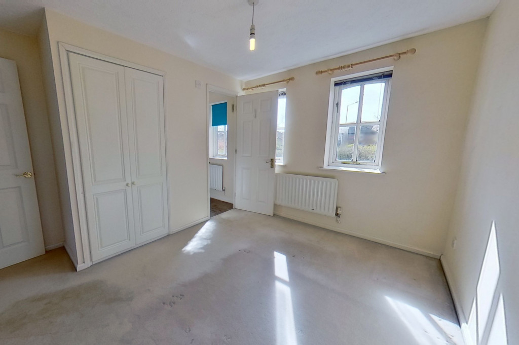 3 bed link detached house for sale in Smithy Drive, Kingsnorth, Ashford 4