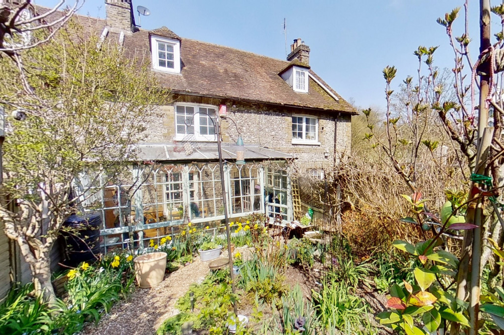 3 bed cottage for sale in Bushy Ruff Cottages , Alkham Road, Temple Ewell, Dover 0