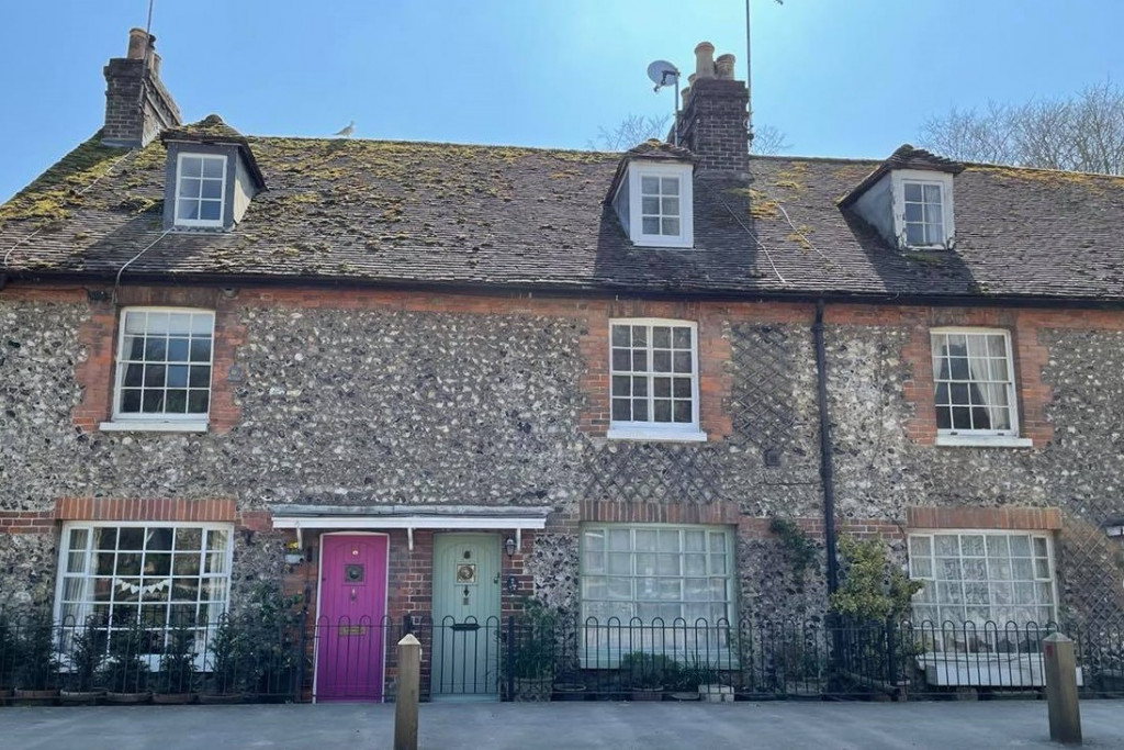 3 bed cottage for sale in Bushy Ruff Cottages , Alkham Road, Temple Ewell, Dover 2