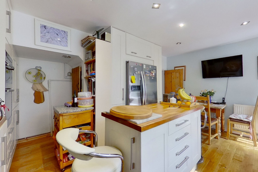 3 bed cottage for sale in Bushy Ruff Cottages , Alkham Road, Temple Ewell, Dover  - Property Image 8