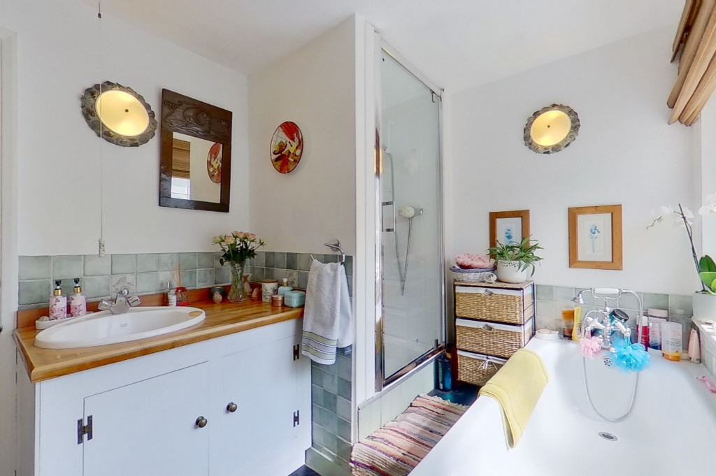 3 bed cottage for sale in Bushy Ruff Cottages , Alkham Road, Temple Ewell, Dover 10