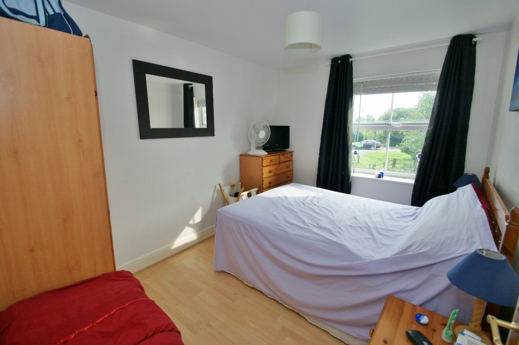 2 bed apartment for sale in Angus Drive, Kennington, Ashford  - Property Image 4