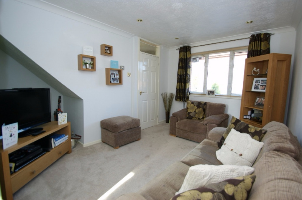 2 bed end of terrace house for sale in Duckworth Close, Willesborough, Ashford 1
