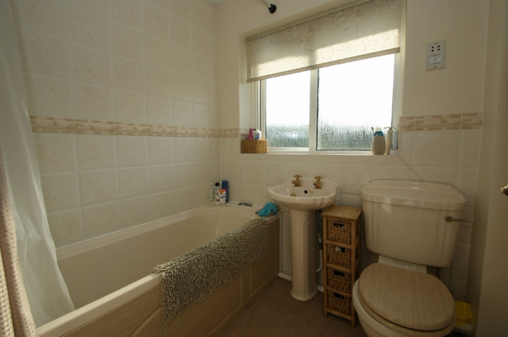 2 bed end of terrace house for sale in Duckworth Close, Willesborough, Ashford 7