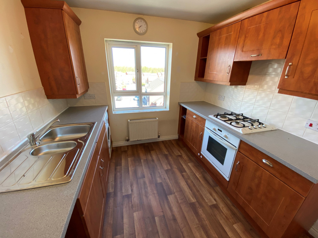 2 bed apartment to rent in Tuscany Villas, Doncaster Road, Barnsley 1