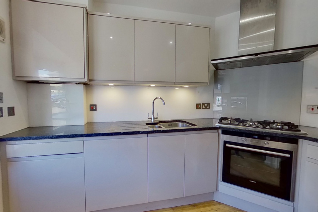 3 bed end of terrace house for sale in Octavian Way, Kingsnorth, Ashford 1